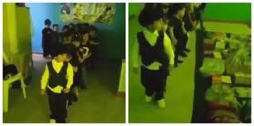 """فيديو لأطفال روضة بالسعودية يؤدون """"شعائر طائفية"""" يثير جدلا"""