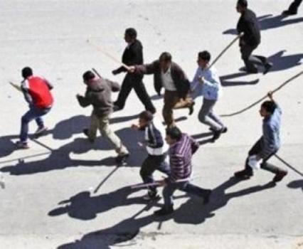 """معلم يروي ما حدث في مدرسة """"طارق بن زياد"""" ..  ولي امر طالب تهجم على المدير بالعصي  .. """"تفاصيل"""""""