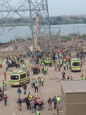 مصرع 4 وإصابة اثنين آخرين في انهيار جزء من برج كهرباء في مصر