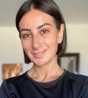 اعلامية أردنية تتعرض للتنمر وتشعل مواقع التواصل الاجتماعي ..  ما هي الحكاية؟