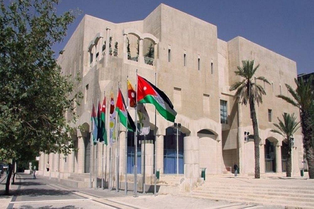 """مشروع """"رخص المهن لمدينة عمان""""  يعالج عشوائية انتشار المهن في الأماكن السكنية والشوارع"""