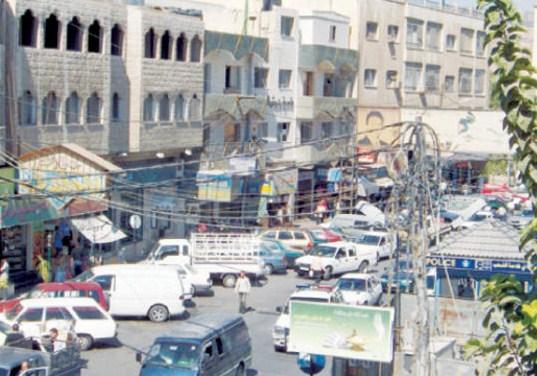 شكاوي من اختناقات مـرورية في الشارع الرئيسي وسط جـرش