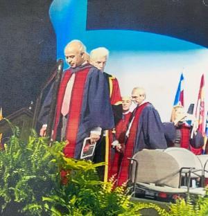 الدكتور عبد الله البشير عضوا في الاكاديمية الامريكية لكبار الجراحين المعلمين