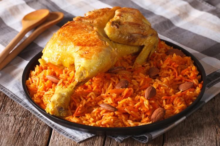 مدفون الدجاج من المطبخ الخليجي