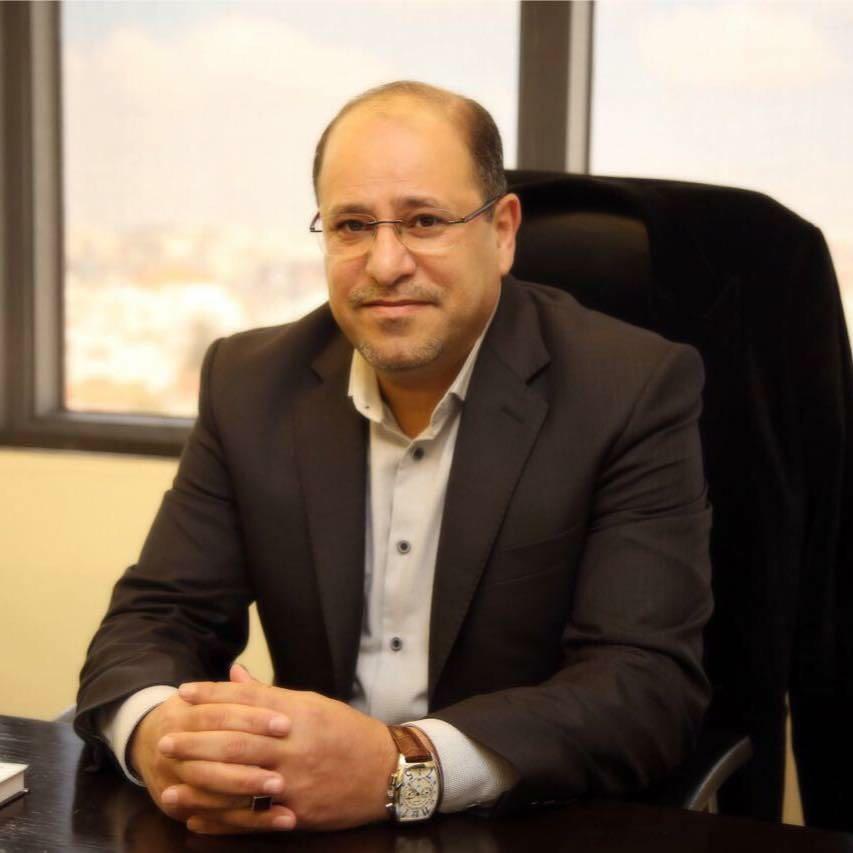 هاشم الخالدي يكتب : فضيحة شيوخ العشائر المزيفين الذين قابلوا القذافي
