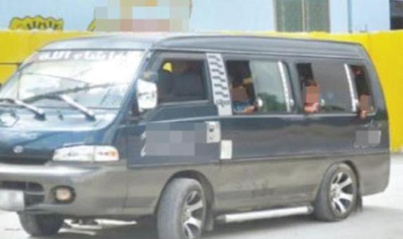 حملة امنية شاملة على المخالفات المرتكبة امام المدارس والحافلات التي تقل الطلاب