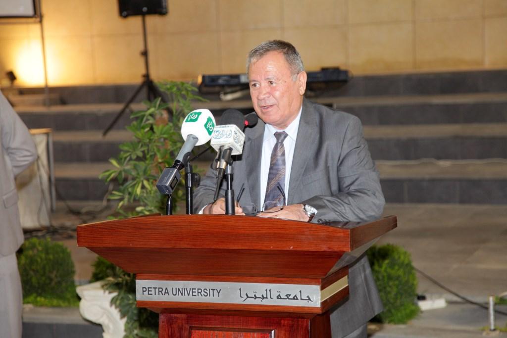 جامعة البترا تكرم رواد الحركة الرياضية والشبابية