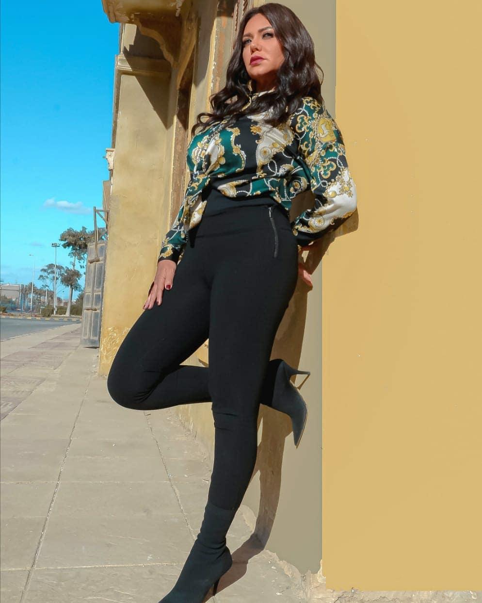 رانيا يوسف تشارك متابعيها بجلسة تصوير جديدة