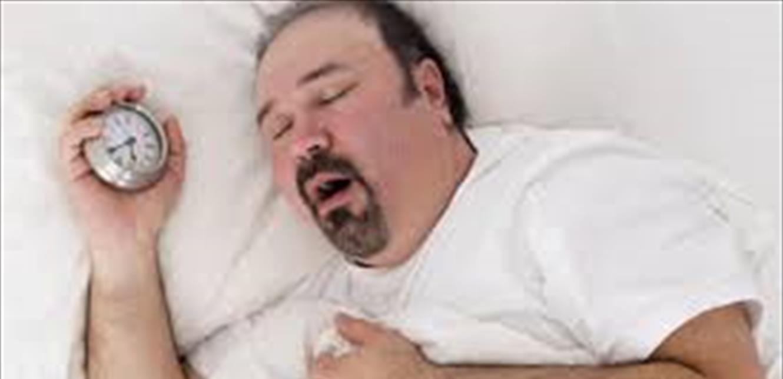 هل تنام باكرا وتستيقظ قبل ساعات الفجر؟ ..  أنتَ تعاني من هذه الحالة