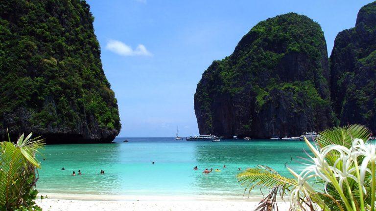 بالصور  ..  تعرف على افضل النشاطات السياحية في جزيرة فاي فاي تايلاند