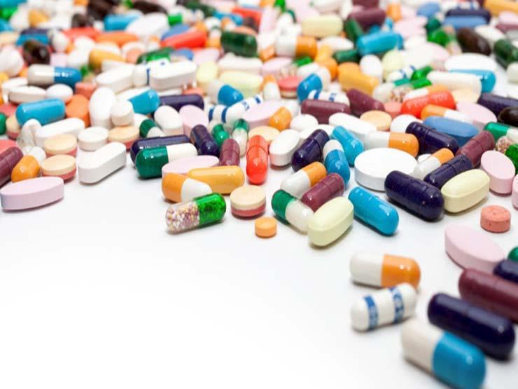 حماية المستهلك : محتكرون يهيمنون على استيراد الدواء للحصول على مئات الملايين