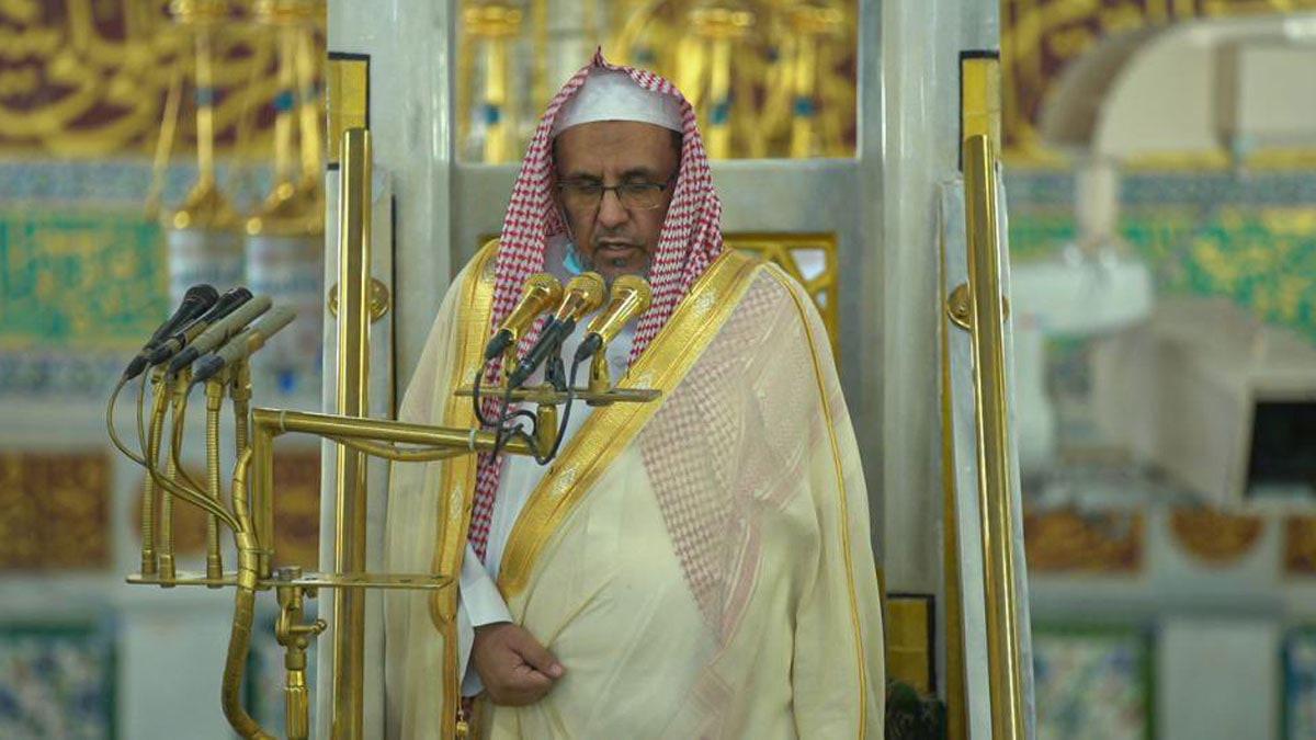 وفاة الشيخ عبدالعزيز بن حسن آل الشيخ والد إمام المسجد النبوي في السعودية