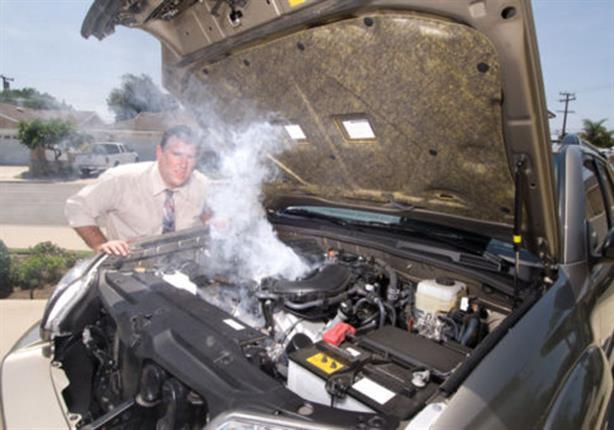 كم مرة يجب مراجعة ماء ''ردياتير السيارة'' في الأجواء الحارة؟