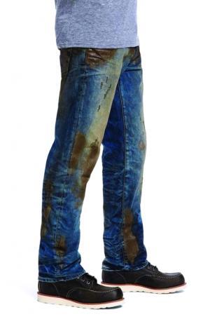 سراويل جينز مُتسخة تباع بمئات الجنيهات