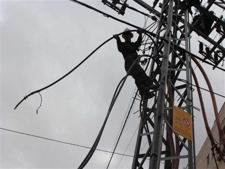 عمان: انقطاع الكهرباء في منطقة الخزنة منذ ساعات الصباح الباكر