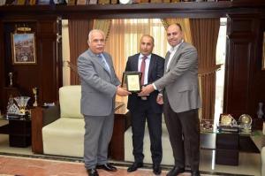 الملحق الثقافي العماني يزور جامعة عمان الاهلية