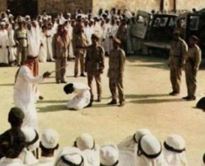 اعدام باكستاني هرّب الهيرويين داخل أحشائه الى السعودية