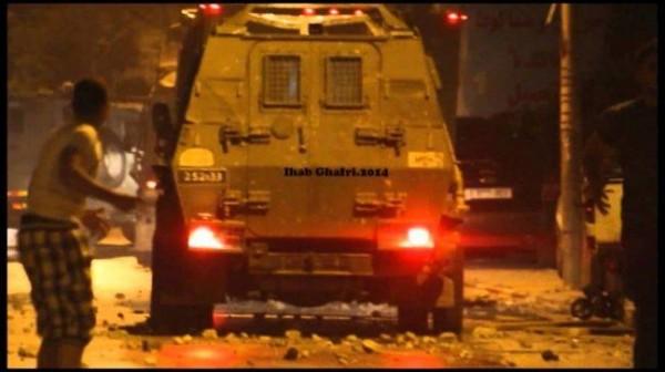 إصابة شاب بثلاث رصاصات خلال مواجهات مع الاحتلال في نابلس