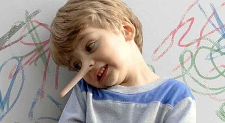 لهذا السبب يجب أن تُعلِّم طفلك الكذب !