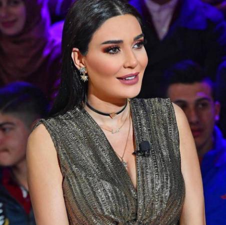 بالصور .. سيرين عبد النور تشغل مواقع تواصل الاجتماعي بإطلالتها وهي حامل