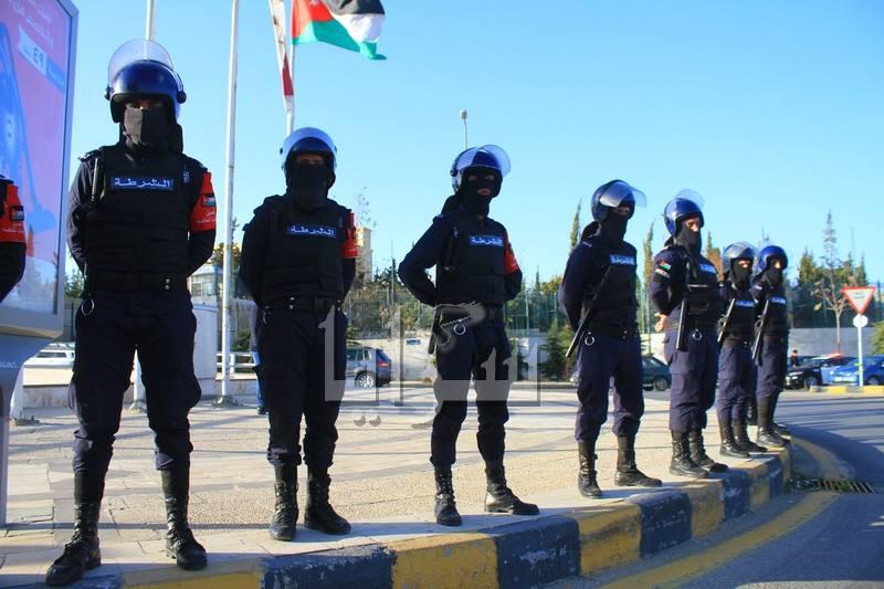 عمان : تجمع لقوات الدرك و احياء للذكرى الرابعة لاعتصام 24 آذار