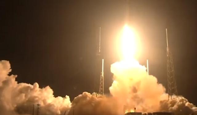 بالفيديو ..  إطلاق قمر للاتصالات من فلوريدا