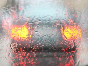 نصائح للسائقين للتعامل مع الظروف الجوية