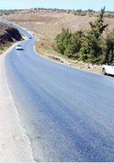 المزار الشمالي .. حوادث مرورية شبه يومية يشهدها طريق وادي جحفية