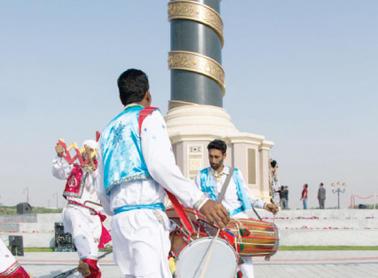 رفع الستارة عن النصب التذكاري للشارقة عاصمة الثقافة الإسلامية