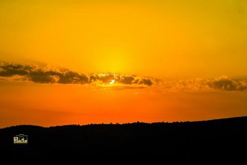 طقس حار خلال عطلة نهاية الاسبوع وانخفاض تدريجي على الحرارة اعتبارا من الاثنين