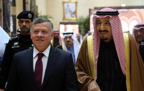 الملك عبر تويتر يشكر العاهل السعودي