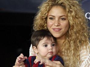 صور المغنية شاكيرا مع ميل ابنها - الذي يبلغ من العمر تسعة شهور فقط - للرقص 2014 image.php?token=b0bf27d08cdc80738e422c0c9ff653cb&size=