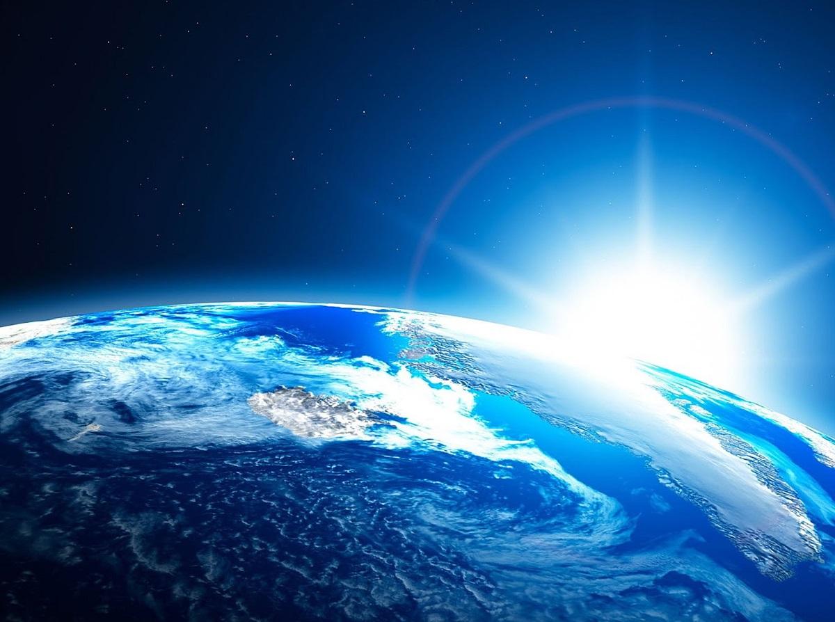 تعرف على أدقّ صورة لكوكب الأرض من الفضاء حتى الآن  ..  صورة