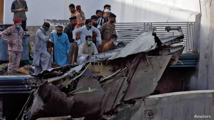 الناجي من تحطم الطائرة الباكستانية: هذا ما رأيته