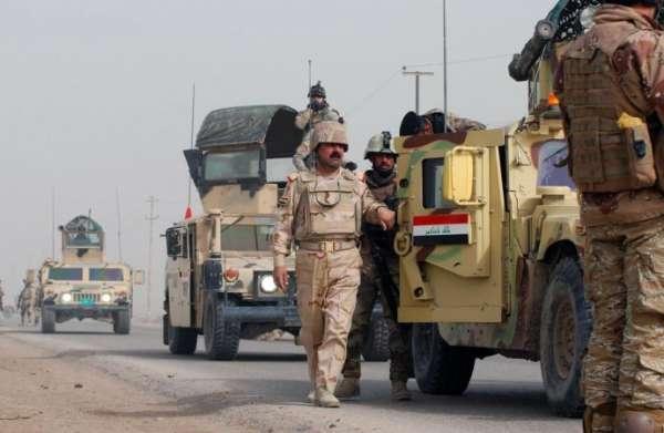 """العراق يدمر مخابئ سرية لـ""""داعش"""" على الحدود مع الأردن"""
