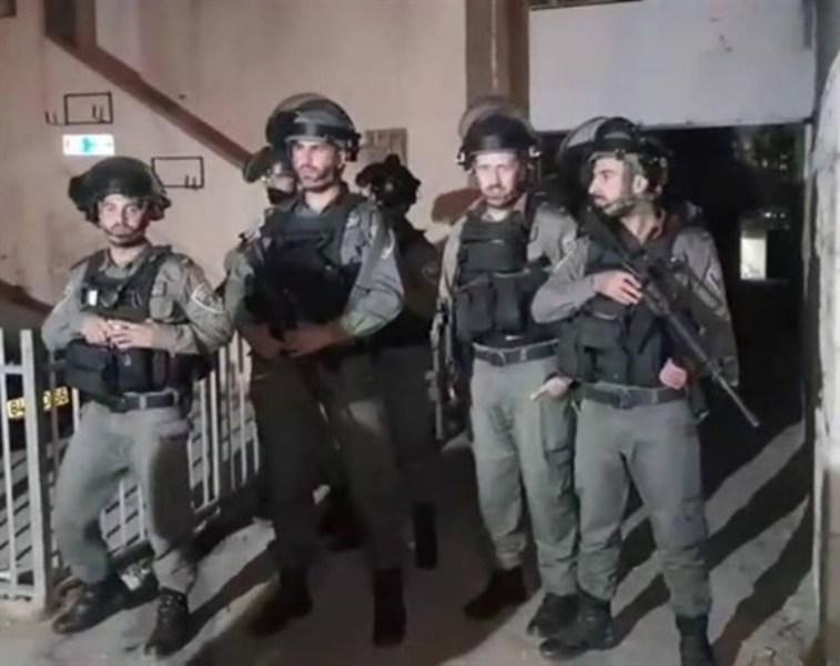 هكذا اعتقلت قوات الاحتلال محافظ القدس وشباناً معه