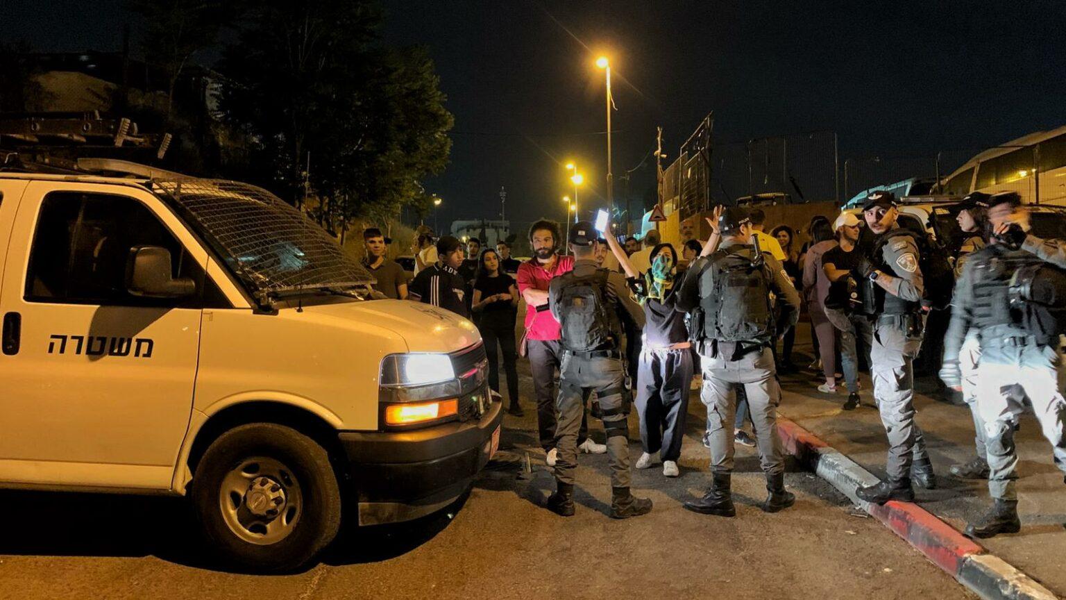 الاحتلال يغلق مداخل حي الشيخ جراح بالقدس