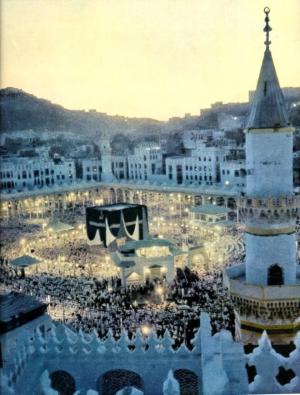 أسماء أئمة الحرم المكي في صلاة التراويح والتهجد برمضان