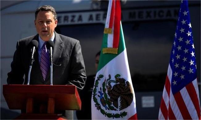 سفير واشنطن في بنما يستقيل قائلا إنه لم يعد قادرا على خدمة ترامب