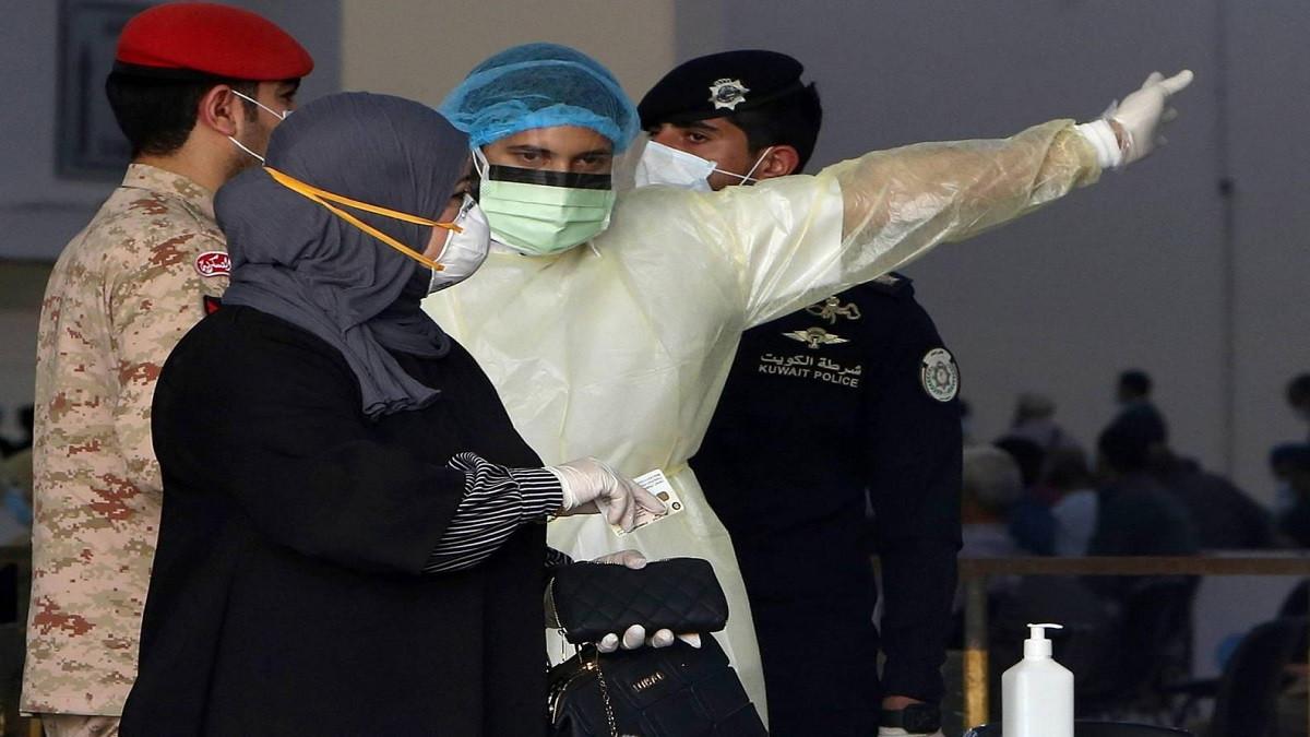 10 وفيات و900 إصابة جديدة بكورونا في الكويت