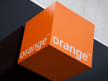 Orange الأردن تقدم مجموعة من خدمات الاتصالات المتكاملة للطفل الخوالدة