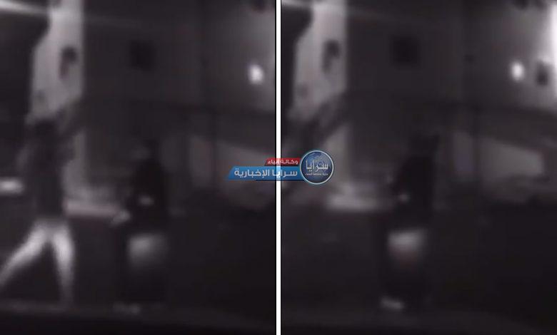 بالفيديو  ..  شاهد فتاة تطلق النار في أحد الأحياء السكنية بالمدينة المنورة