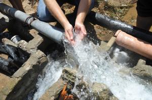(200) بئر للقطاع الخاص تخالف انظمة وزارةالمياه والري  في البادية الشمالية وتستنزف الموارد المائية