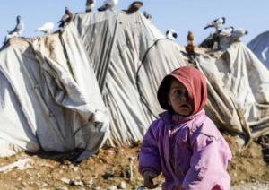وفاة أطفال ورضّع من النازحين بسوريا بسبب البرد