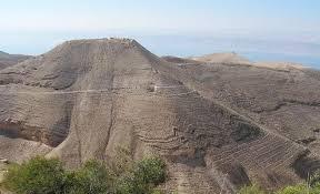 جبل مكاور في مادبا يحتاج إلى التطوير وجلب الاستثمارات