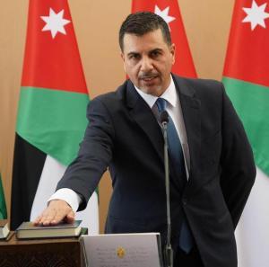 وزير المياه ينعى وفاة 3 أطباء كبار بكورونا و يوجه رسالة عاجلة
