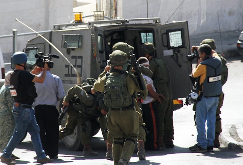 الاحتلال يعتقل مواطنا جنوب طوباس