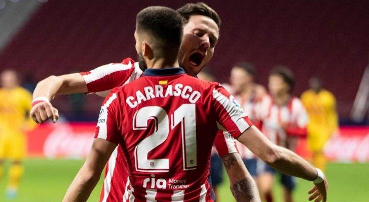 أتلتيكو مدريد يتجاوز برشلونة و يصعد لصدارة الدوري الإسباني