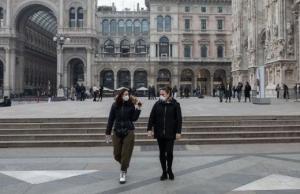 الحب في زمن كورونا ..  قصة زوجين إيطاليّيْن إلتقيا على شرفتيهما أثناء الإغلاق (صورة)