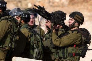 الاحتلال يعتقل 4 مواطنين من بيت لحم والخليل